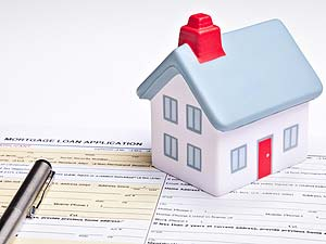 What Should You Expect When Closing on a Home?